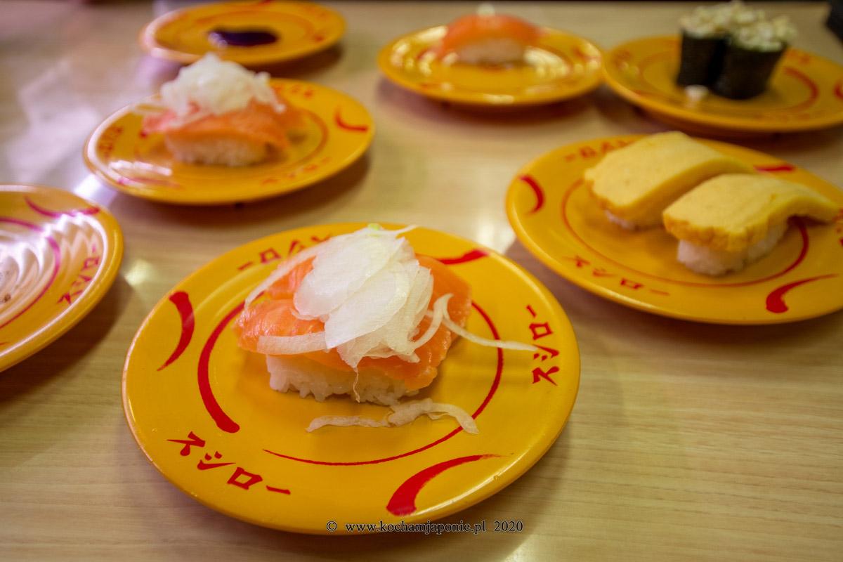 sushi też je się pałeczkami